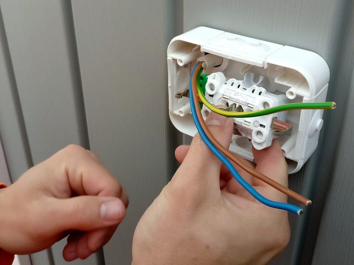 installing_socket